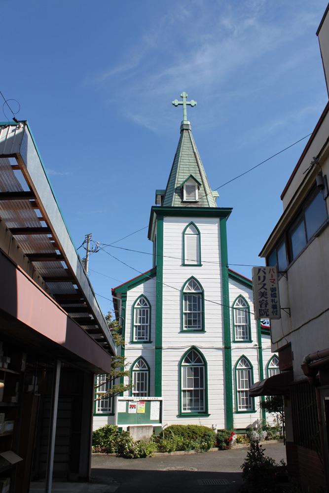 路地裏の教会へようこそ